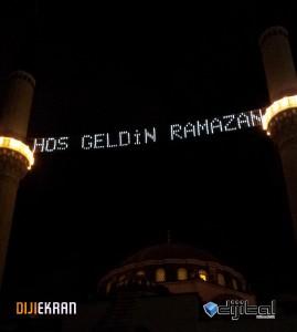 Çayırova Merkez Camii Mahya Montajı 26/07/2012